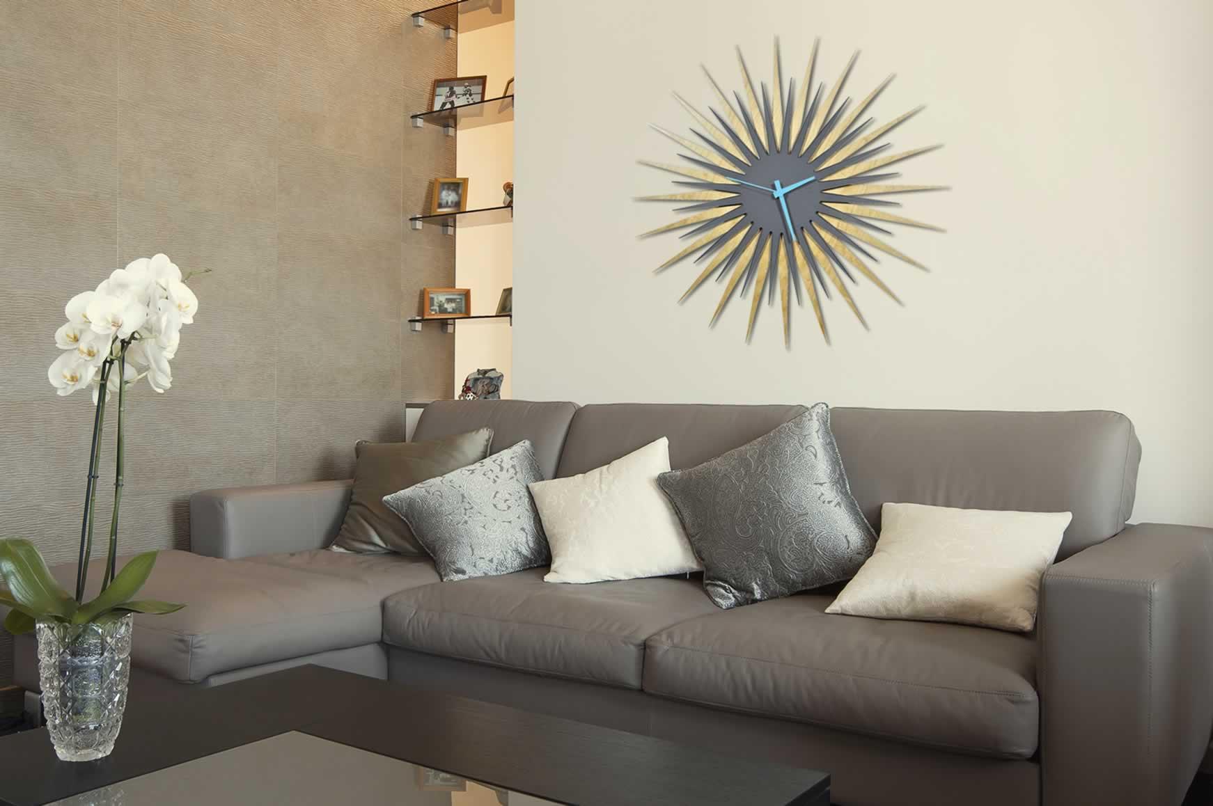RF Atomic Clock - Maple Grey/Blue Starburst - Lifestyle Image