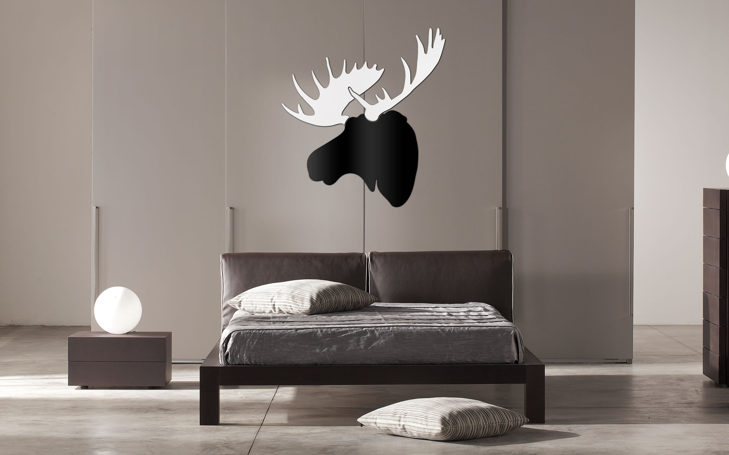 MODERN MOOSE - 36x36 in. Black & White D?cor - Lifestyle Image