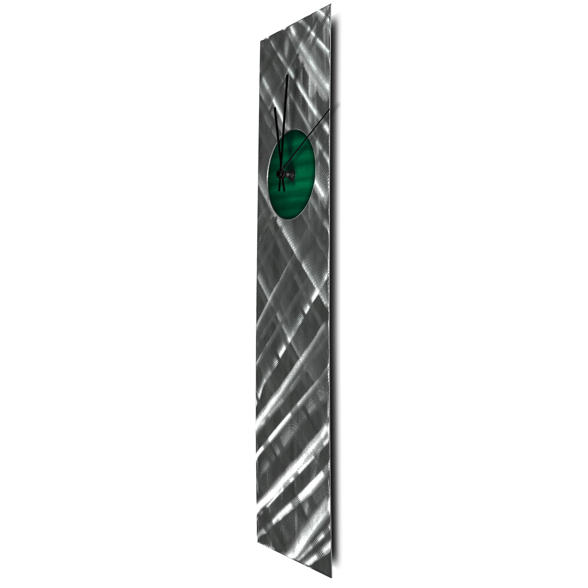 Plaid Relief Clock Green - Image 2