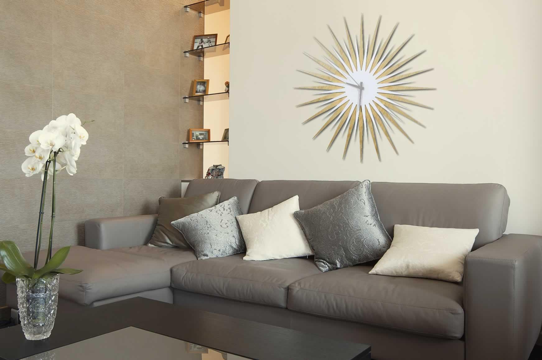 RF Atomic Clock - Maple White/Grey Starburst - Lifestyle Image